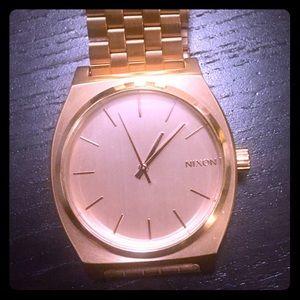 Nixon Minimal Gold Watch (Unisex)